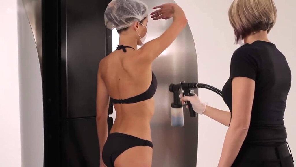 How to Use Spray Tan Machine